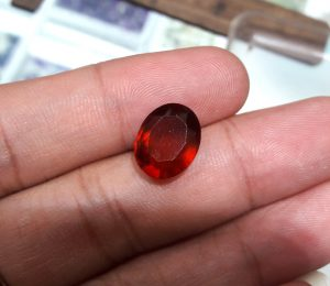 Batu Garnet Merah 4