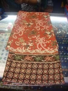 Kain batik semi sutera