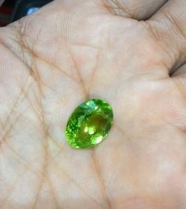 Batu Mulia Natural Peridot (Olivine)